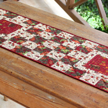 Fall Table Runner - Quilted Table Runner - Autumn Leaves - Red Cream Table Runner - Bear Table Topper - Country Cabin Decor - Thanksgiving