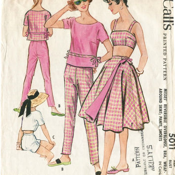 UNCUT* 1950s 1960s vintage sewing pattern bra wrap skirt boy shorts beach playsuit bust 32 b32 waist 25 w25 McCall's 5011