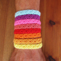 Friendship Bracelet Choose your Color Rainbow Infinity Eternity 7 inches / 18 cm Boho Hippie