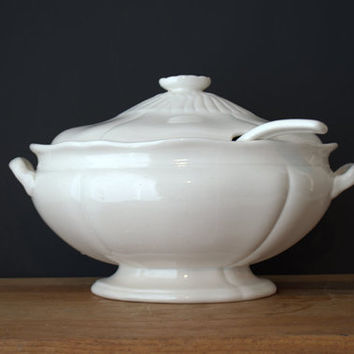 Glossy White Soup Tureen, Classic White Footed Tureen and Ladle, Oval Stoneware Tureen