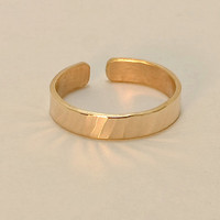 14k Solid Yellow Gold Hammered Toe Ring