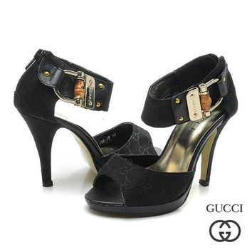 GUCCI Women Fashion Fish Mouth Buckle Strap Heels Sandals Shoes1
