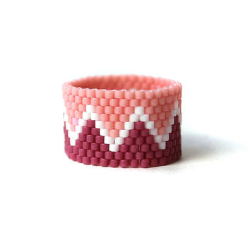 Pink beaded ring Beaded jewelry Bead woven ring Seed bead ring Summer jewelry Seed bead jewelry Colorful ring band Wide hippie ring
