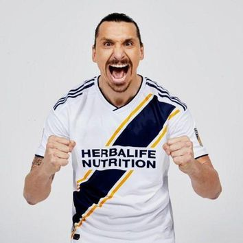 PEAPFS2 2018 Best Quality Adults T-shirt Los Angeles Galaxy Men Clothes  2018 IBRAHIMOVIC Jerse Leisure Slim Fit T Shirts Male Clothing