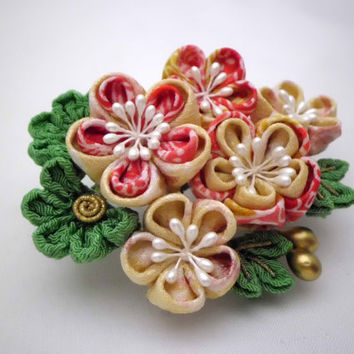 Pine Bamboo Plum Blossom in Pink and Gold tone, Tsumami Kanzashi Hair Comb,  Bridal Hair Comb, Fabric Flower, OOAK