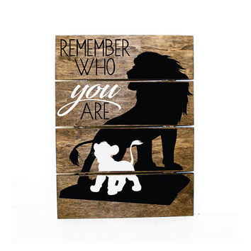 Remember Who You Are - Safari Lion Pallet Sign -Safari home decor, Baby Boy Nursery, reclaimed pallet, African Animals, Inspirational Quote