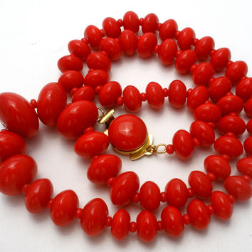 "Graduated Red Glass Bead Necklace 19"" Vintage"