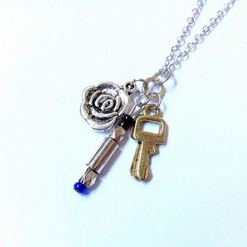 10th Doctor Must-Have necklace: companion Rose Tyler, blue sonic screwdriver and TARDIS key
