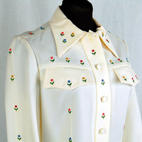 1970s Western shirt, cream white, tiny flowers, enamel flower appliques, Rodeo shirt, Size 12, Domani
