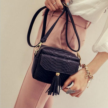 Simple Alligator Crocodile Leather Mini Small Women Fringed Crossbody bag Tassel Messenger Shoulder Bag Sling Purse Lady Handbag