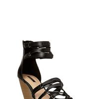 FOREVER 21 Strappy Wedge Sandals Black