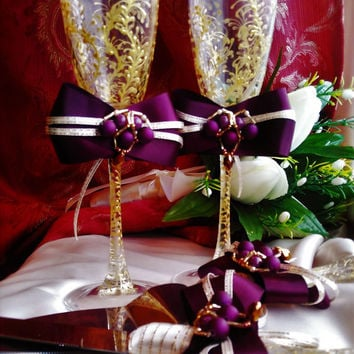 wedding plum and gold,purple plum & gold Wedding Champagne glasses,gold toasting flutes,set of 4, personalized cake server