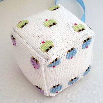 Cross stitched cupcake dice by mohu