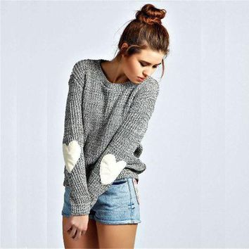 CREYOND Gray Heart Print Elbow Knitted Sweater