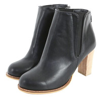 Black Ankle Boots With Wood Chunky Heel - Choies.com