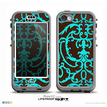 The Blue and Brown Elegant Lace Pattern Skin for the iPhone 5c nüüd LifeProof Case
