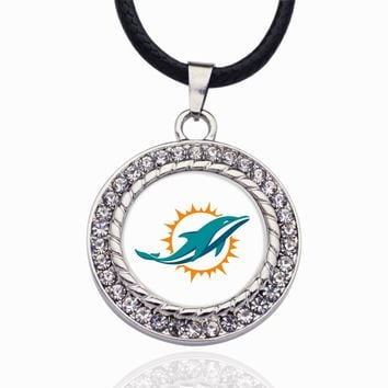Wimpy kid Miami Dolphins Pendant Necklace Best Gift for /Women/Girl/Men/Mom Zinc Alloy Ball Chain Necklace 2pcs/lot