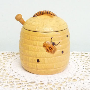Honey Pot, Four Part, Bee Hive, Woven Willow or Wicker, 1960's, London, With Dibber, Base, Insert, Spoon and Lid, kitsch