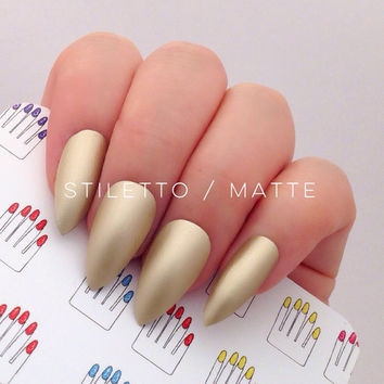 Stiletto, 12pcs, Chrome Gold Stiletto Hand Painted Nail Tips / Press On / Stick On / Fake Nails - Glossy or Matte
