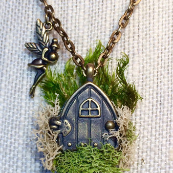 Hobbit House, Fairy House, Hobbit Jewelry, Fairy Necklace, Moss Jewelry, Fern Jewelry, Nature Jewelry, Hobbit Door, Fairy Door, Fairy Home