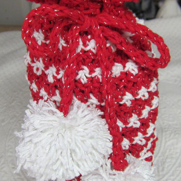 Crochet Holiday Spirits Bottle Bag / Wine Bottle Cover / Gift Bag / Holiday Bag / Christmas Wine Cover  made with Sparkly Yarn Ready to Ship