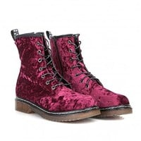 Missguided - Malice Lace Up Velvet Boots In Plum