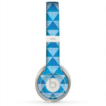 The Vintage Blue Striped Triangular Pattern V4 Skin for the Beats by Dre Solo 2 Headphones