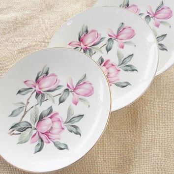 Homer Laughlin Rhythm Bread and Butter Plates, Set of 4, Tea Party, Cottage Style, Shabby Chic, Antique, Pink Magnolia, Ca. 1950's