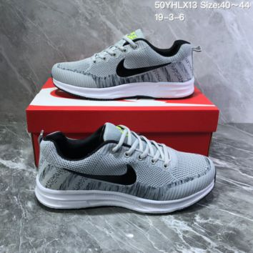 DCCK2 N1036 Nike Air Zoom Vomero Flyknit Sports Running Shoes Gray
