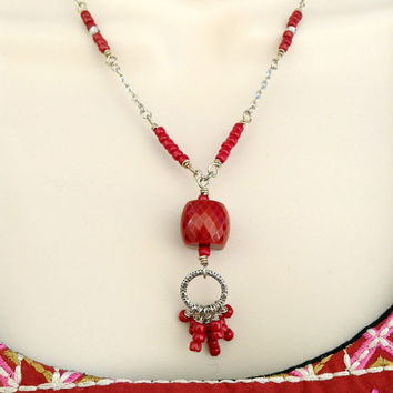 Red Seed bead Cluster necklace set, Gift for her, Handmade Jewelry, Seed bead necklace, Women's Jewelry, Necklace set, Valentines Day