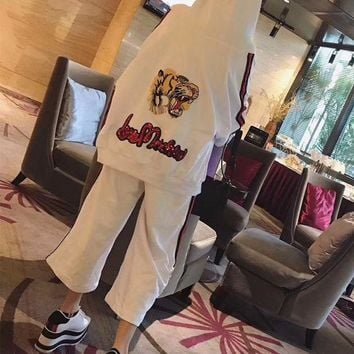 DCCK6HW Gucci' Women Fashion Letter Tiger Head Embroidery Hooded Long Sleeve Cardigan Wide Leg Pants Set Two-Piece Sportswear