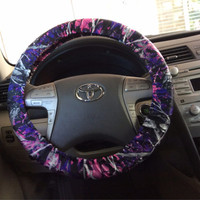 Muddy girl camo steering wheel cover