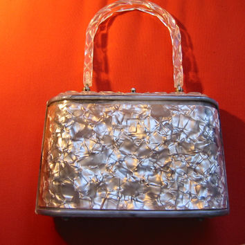 Lucite Retro Purse Pearl Style Gray Silver Cover Clear Decorated Handle
