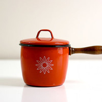 Vintage Red Enamel Pot by Country Cookery