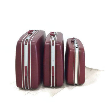 Vintage Hard Shell Samsonite Suitcases Profile and Profile II Set of 3 Burgundy 1970s Suitcases