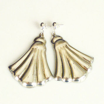 Mexican Sterling Earrings Clam Shell Scalloped Edge Long Chandelier Vintage Jewelry