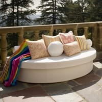 la-Fete Moon Pad Modern Outdoor Chair - HomeInfatuation.com