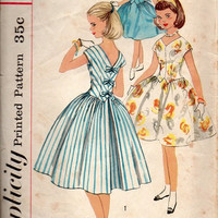 50s Simplicity Sewing Pattern School Girl Tea Garden Party Holiday Dress Full Circle Skirt V Shaped Bodice Kimono Sleeves Rockabilly Size 10