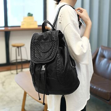 Fashion Washed Leather Bag High-grade Leather Women Backpacks Hand-compiled flowers School Backpack for Girls Travel Rucksack