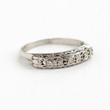 Vintage 14k White Gold Flower Diamond Wedding Band Ring- Size 6 1/4 Art Deco 1940s Wedding Fine Floral Bridal Jewelry