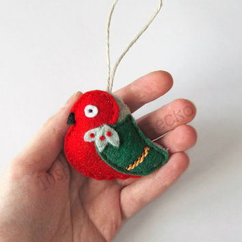 Woodland Christmas ornament, red and green robin bird, Christmas tree decoration, embroidered ornament, Christmas gift idea