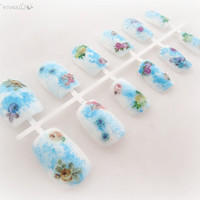 Vintage flower bridal nails, something blue wedding nails