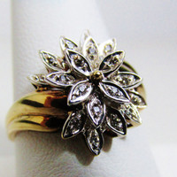 Vintage Ring: 10k Yellow Gold with White Gold and Diamond Flower
