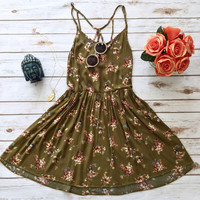 Summer Flow Dress in Olive