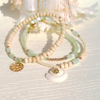 Beach jewelry Beach Bracelets with Coconut, Shells and Mint Beads, Ocean bracelets , Sea bracelets, Delicate Bracelets, Stacking bracelets
