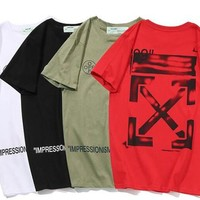 OFF WHITE Men's designer t-shirts were designed in black and white, and OFF men's luxury brand designer t-shirts had short sleeves