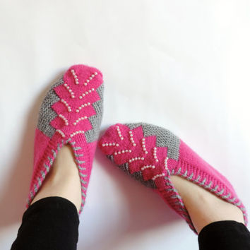 Woman Slippers Hot Pink and Grey , Hand Knit Turkish Slippers,Turkish Socks