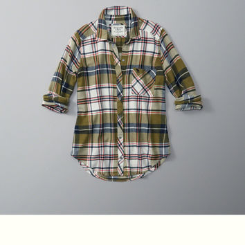 Classic Fit Flannel Button-Up Shirt