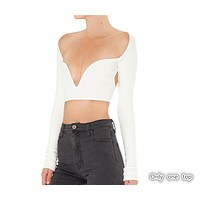 Spring and summer women's new fashion long-sleeved V-neck sexy long-sleeved back hollow shirt