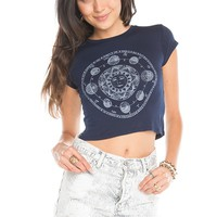 Brandy ♥ Melville |  Carolina Horoscopes Top - Graphics